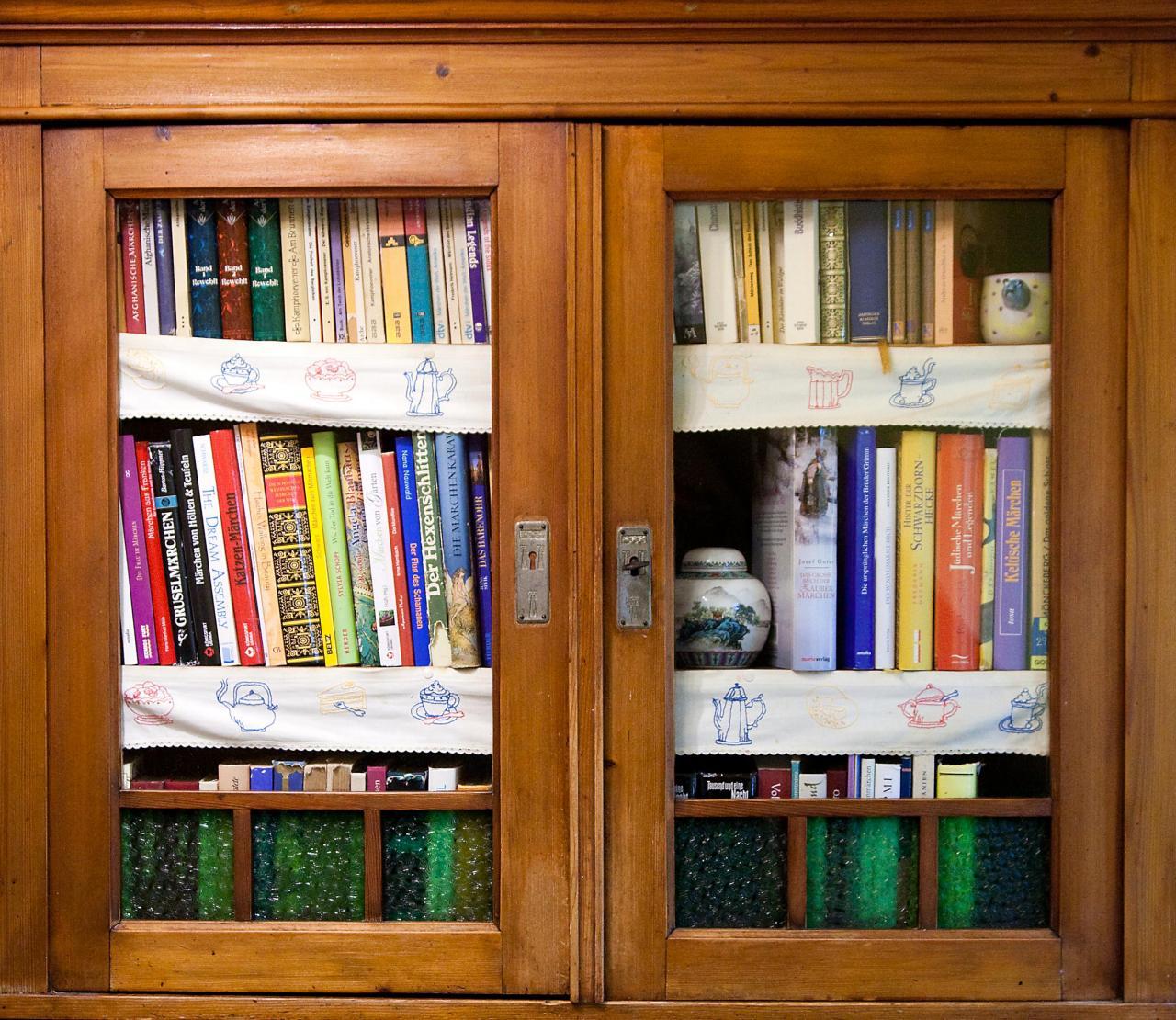 Bücher im Märchenbuffet